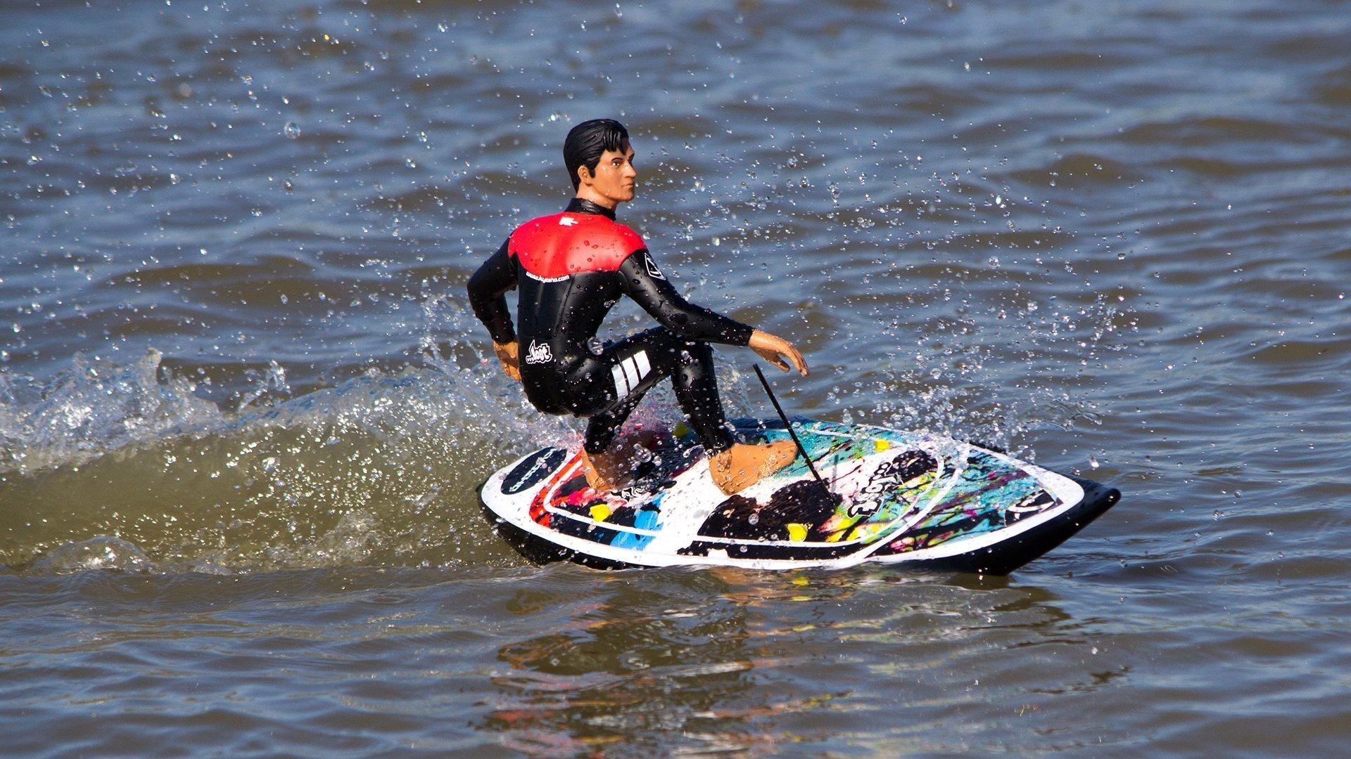Surfer kyosho