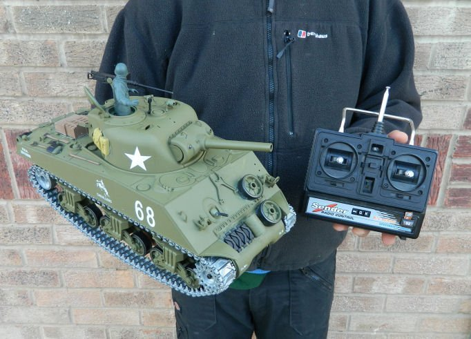 80fddfd2ee39 Heng Long 1 16th U.S.M4A3 Sherman RC Tank Pro Version with 2.4GHz ...