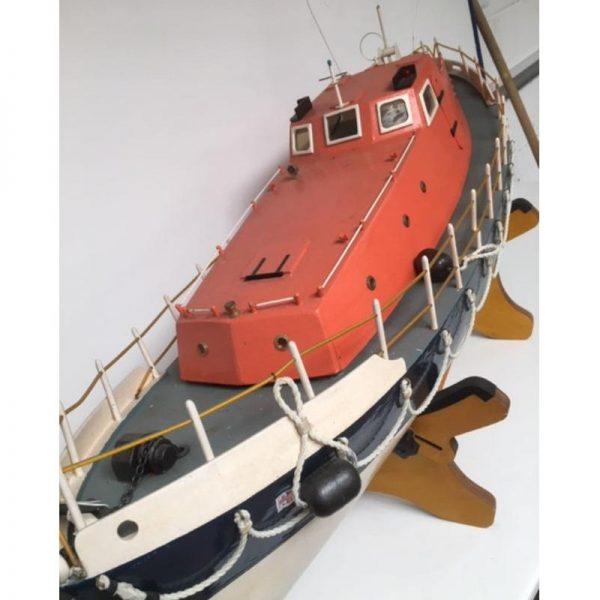 large scale rnli model boat