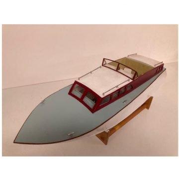 Wooden Hull Cabin Cruiser